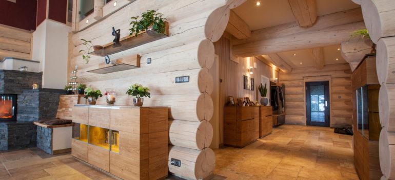 Чем отделать стены в деревянном доме?