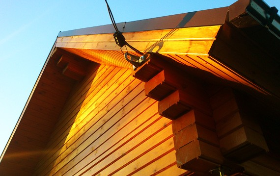 Ввод электричества в деревянном доме